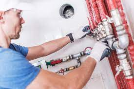 Who are Plumbers or Plumbing Contractors?